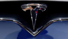 Tesla chce od roku 2020 začít prodávat elektromobily i ve východní Evropě, oznámil Musk