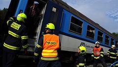 V Olomouci se srazil vlak s nákladním autem. Devět lidí utrpělo lehká zranění