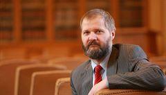 Rektor Hampl se ohradil proti neudělení akreditace egyptologii