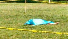 Mexický fotbalista zabil po vyloučení rozhodčího přímo na hřišti. Útok zažil i další sudí
