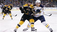 NHL: Pastrňák potvrdil střeleckou formu, Krejčí dal první gól sezony