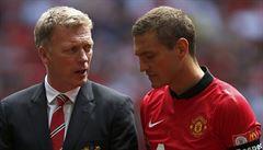 Samá kritika. Přitom Moyes začal u United líp než Ferguson