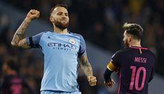 Manchester City porazil Barcelonu, Arsenal bez Čecha otočil stav 0:2 a postupuje