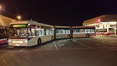Praha otestuje rekordně dlouhý autobus. Měří téměř 25 metrů