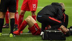 VIDEO: Rumunští fanoušci ho sestřelili dělobuchem. Lewandowski pak vstřelil 2 góly