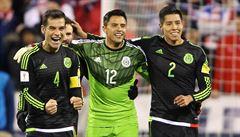 Jasný vzkaz mexických a amerických fotbalistů Trumpovi: Ani zeď nás nezastaví