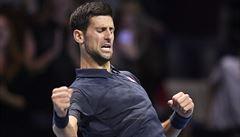 Djokovič vykročil za obhajobou titulu na Masters a pozicí světové jedničky vítězně