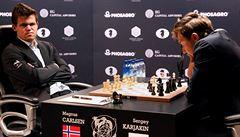 Kdy už zahřmí? Bitva o šachového mistra světa je opravdu 'šachovou partií' plnou remíz