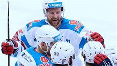 Chomutov přestřílel Spartu, Pardubice v poslední minutě rozjely velký obrat