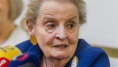 Albrightová varuje před nacionalismem a před podkopáváním demokracie v zemích NATO