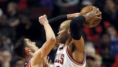 NBA: Satoranský nastoupil v základní sestavě. Od double-double ho dělila asistence