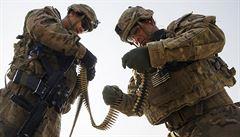 Americká armáda i CIA možná páchaly válečné zločiny v Afghánistánu, tvrdí Haag