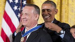 Barack Obama vyznamenal jednadvacet osobností, mezi nimi i Toma Hankse