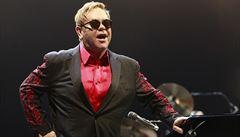 Elton John: Pobrexitové restrikce nás mohou připravit o celou generaci talentů