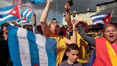 Kuba chystá novou ústavu. Castrova dcera bojuje za homosexuální sňatky