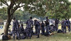 Ugandská policie bojuje proti kmenovému králi. Střety už mají 62 obětí
