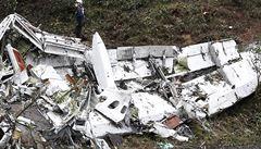 Zřícení letadla s brazilským fotbalovým týmem Chapecoense přežili tři hráči