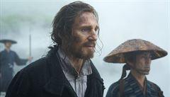 Chtěl jsem zabít černocha, řekl Liam Neeson. Zrušili mu premiéru a odstraňují ho z veřejného života