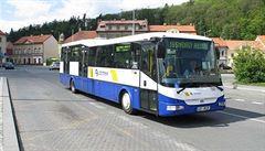 Zábrany jsou odstraněny. Autobusy opět mohou do Zákolan na Kladensku, šlo o spor s občanem a obcí