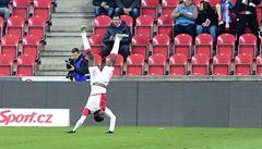 Kamerunec Ngadeu slavil svůj první gól za Slavii tancem z Pobřeží slonoviny