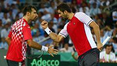 Chorvatsko má v Davis Cupu mečbol, Čilič s Dodigem vydřeli vítězství v deblu
