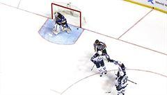 NHL: Jaškin dal první gól v sezoně, trefil se i Vrbata