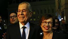 Rakouský prezident zůstal v restauraci po zavírací době. Podniku hrozí pokuta ve výši 800 tisíc korun