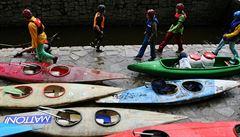 Řeky o víkendu čeká příval vodáků, Vltava bude přelidněná