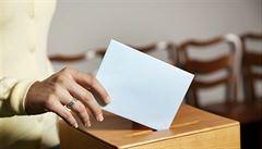 NOVÁČEK: Nejasný epilog, voliči mění před volbami své preference