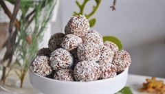 Nepečené cukroví. Vyzkoušejte letos ricottové kuličky s kokosem