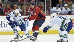 NHL: Vrána si připsal první dvě asistence, Faksa gólem pečetil výhru