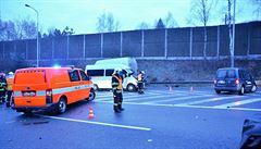 Provoz po nehodě na D1 byl obnoven v jednom pruhu. Na místě zasahují záchranáři
