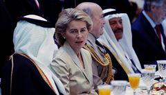 Německá ministryně odmítla nosit v Saudské Arábii hidžáb. Stala se terčem kritiky