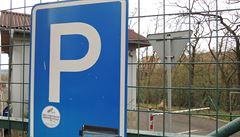 Praha na Černém Mostě vybuduje parkovací dům. Vejde se do něj na 900 aut