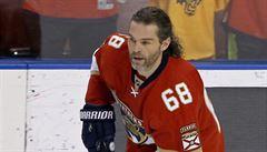 NHL: Jágr se osamostatnil na druhém místě historického bodování NHL
