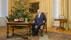 Zeman ve vánočním poselství chválil Čínu, kritizoval EU a varoval před Koniášem
