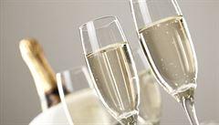 Prodej šumivých vín v Česku letos podle odhadů překoná rekordní hranici 20 milionů lahví