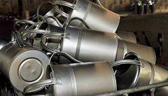 Kovotvar vyrábí již přes 50 let konve a vědra. Na Západ vyváží designové výrobky