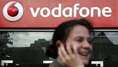 Vlády šesti zemí odposlouchávají naši síť, tvrdí Vodafone
