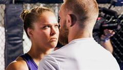 Rozdílný život hvězd UFC. McGregora láká i wrestling, Rouseyovou posílají do důchodu