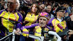 Cyklistický stařík: v mládí mu řekli, že ničeho nedosáhne, ve 105 letech trhá rekordy