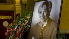 Poslední rozloučení s Lubou Skořepovou v Národním divadle