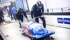 Pilot Red Bull Air Race Šonka si prohodil role s řidičem bobu. Kdo z nich to měl