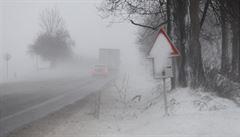 Sněžení komplikuje dopravní situaci na Moravě. Jsou desítky dopravních nehod