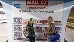 Kellner, Křetínský a Tkáč ovládli Mall Group a portál Heureka
