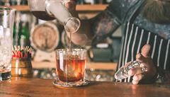 Speciální akce. Bary nabízí drinky připomínající americkou prohibici