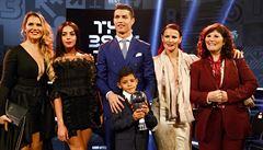 Messi, kde jsi? Barcelonu za neúčast na galavečeru zkritizoval i Ronaldo. A jak volil?
