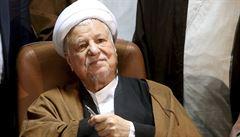 Desítky tisíc Íránců se v Teheránu účastní pohřbu zesnulého exprezidenta