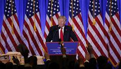 Žádná zmínka o Flynnovi? Trump prý dává slovo jen spřízněným médiím