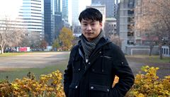 Do Číny se vydal hledat rodiče, při tom narazil na téma obchodování s dětmi
